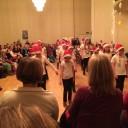 Die Line-Dance-Gruppe mit Zipfelmützen – zum Weihnachtskonzert stets bejubelt